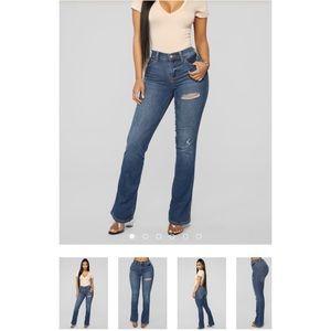 Woman's Jeans Medium Blue Wash